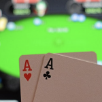 Top 5 tips for the beginner to enjoy playing the online poker games