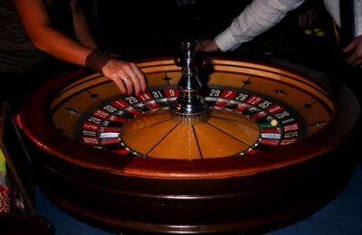 Play PKV Poker Online Casino Games Which Are Like Real Version