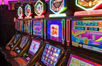 Win Jackpot With Online Gambling